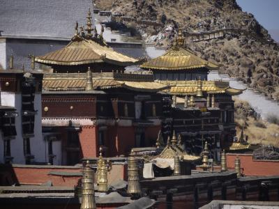 Golden roofs of the main halls of Shigatse monastery, Tibet