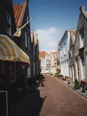 Dutch village street, 14k