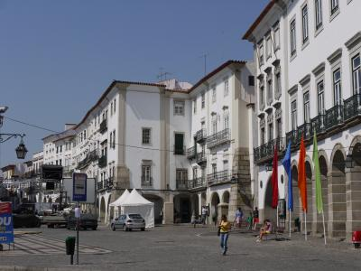 Main square of Évora