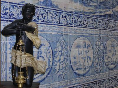 Azulejo tiles in Faro's cathedral